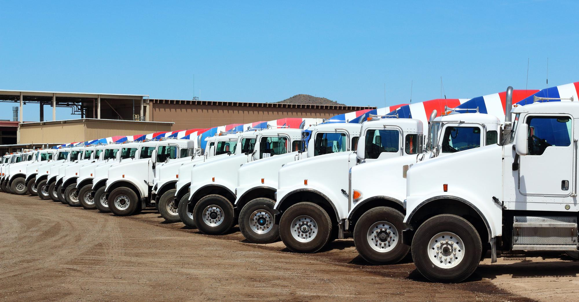 auction-trucks.jpg