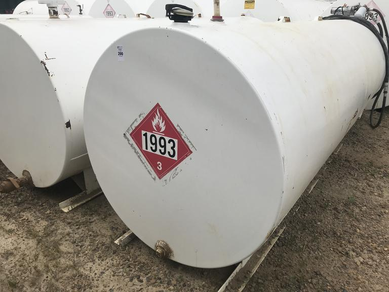 1-1000 Gallon Fuel Tank