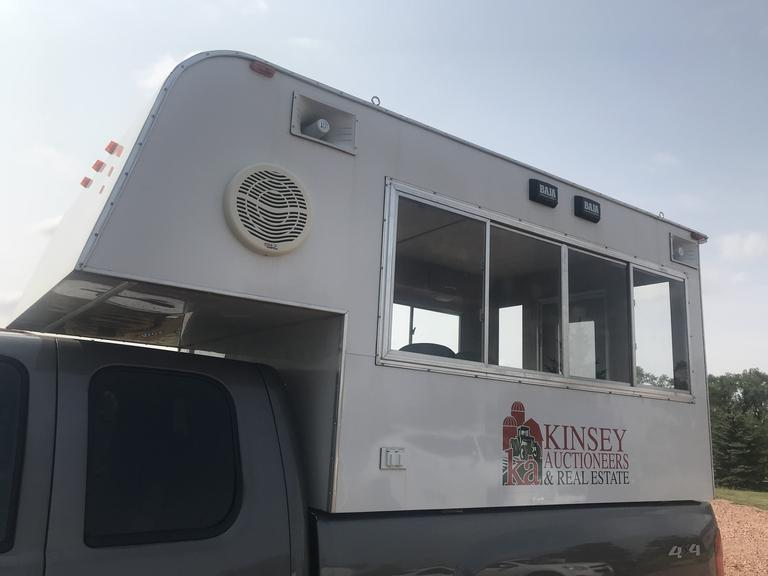 2014 KES fully enclosed Overhead Auction Topper
